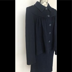 St. John navy skirt suit size 6
